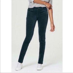 LOFT Curvy Straight Leg Corduroy Pant Size 4 / 27
